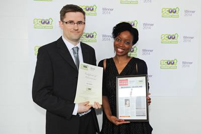 Nick Jones of Full Media Ltd collects award